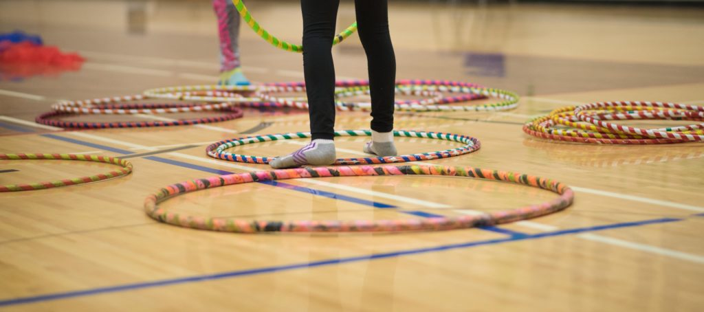 School Entertainment & Instruction | Hula Hoop Circus